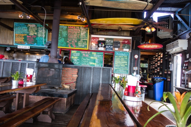 Reel Inn, Malibu -acaffeinatedbrunette.com