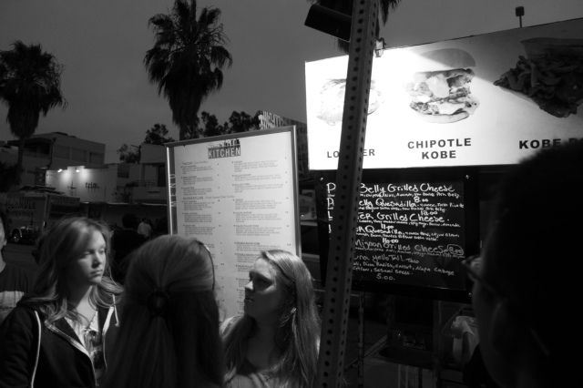 Venice food truck rally -acaffeinatedbrunette.com