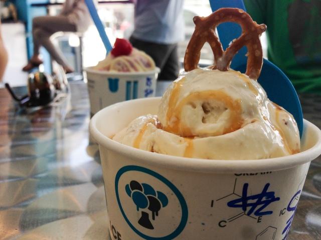 Ice cream labs, beverly hills -acaffeinatedbrunette.com